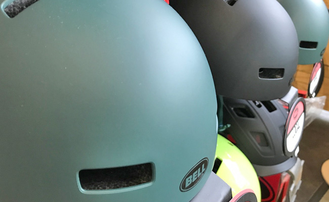 Accessories_Helmets